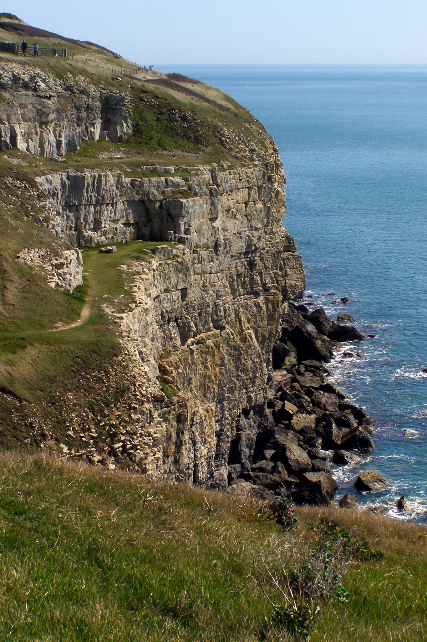 Cliffs at Whitewear Quarry   Quarrying
