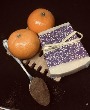 76A07C8D-DA39-4BD4-A71F-081356FEF5F9 | Orange and cinnamon goatsmilk soap