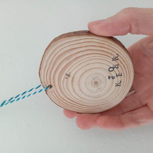 "Joy wood slice 1021.2 | Mixed media on wood slice ""Joy"""